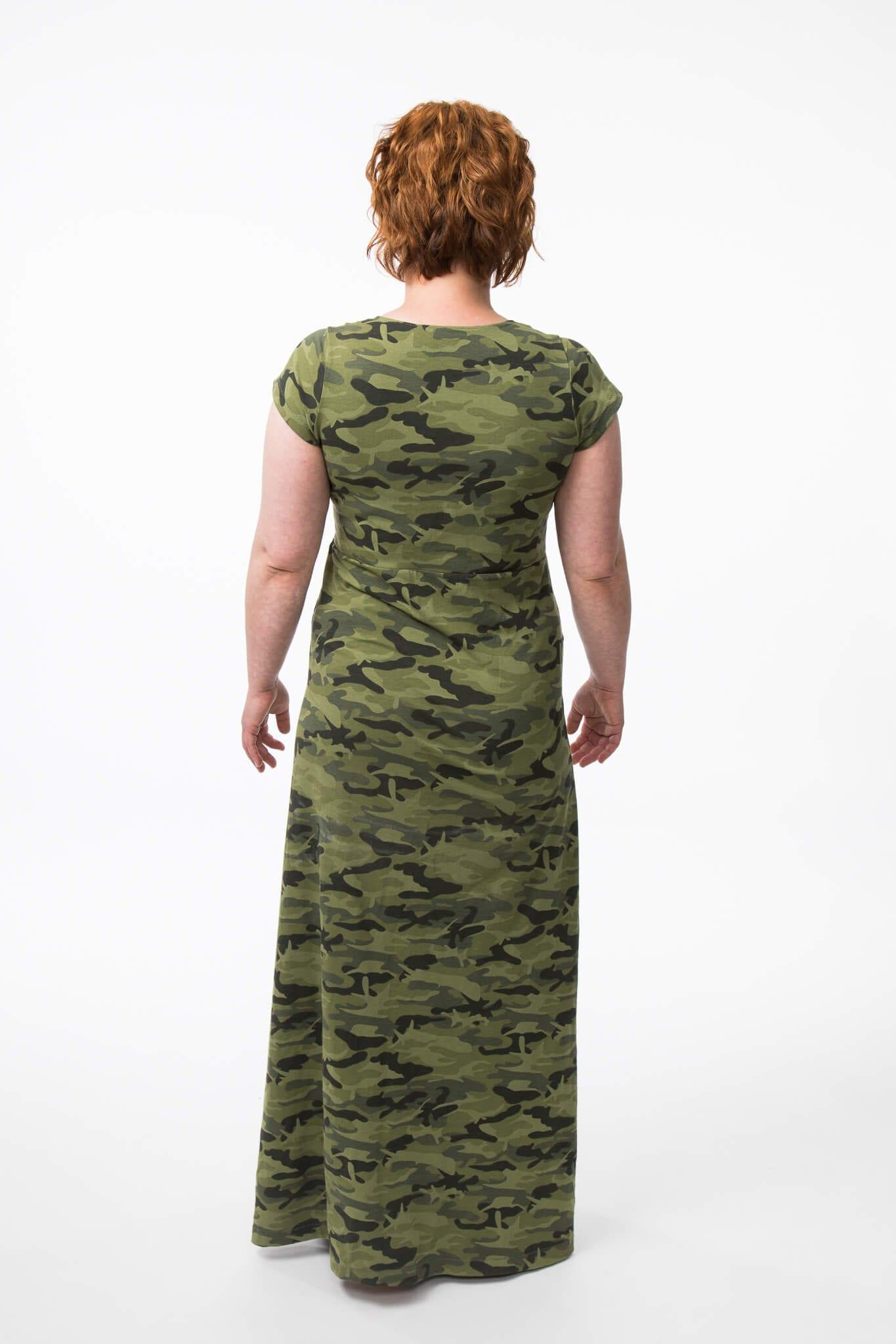 Oman minimallistoni kaavat nro. 2 - Merinovillainen mekko aka. kokovartalovillasukka