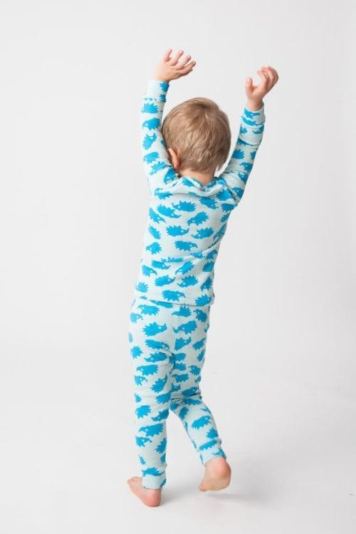 Lasten aluspaita ja pitkät alushousut